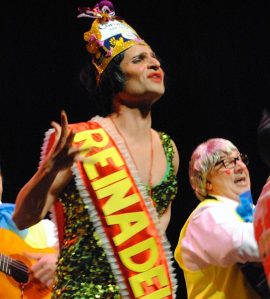 La Reina. Sobran las palabras. Lo que no faltan son finales, ha estado en las tres modalidades en el Gran Teatro.