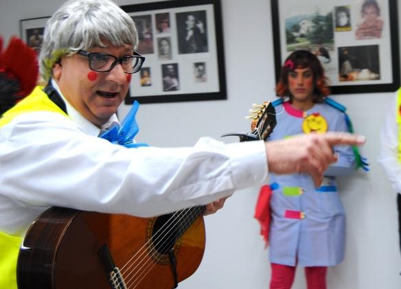 """Juan """"El Pija"""" en su chirigota Cristóbal Colón el aparcacoches"""